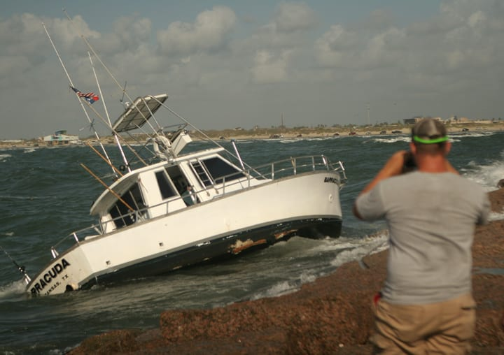 Coast guard rescues six from boat on jetties texas for Fishing report port aransas