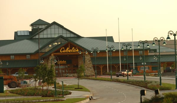 CABELA'S STORE FT. WORTH.building portrait of new store before opening 5/18/05