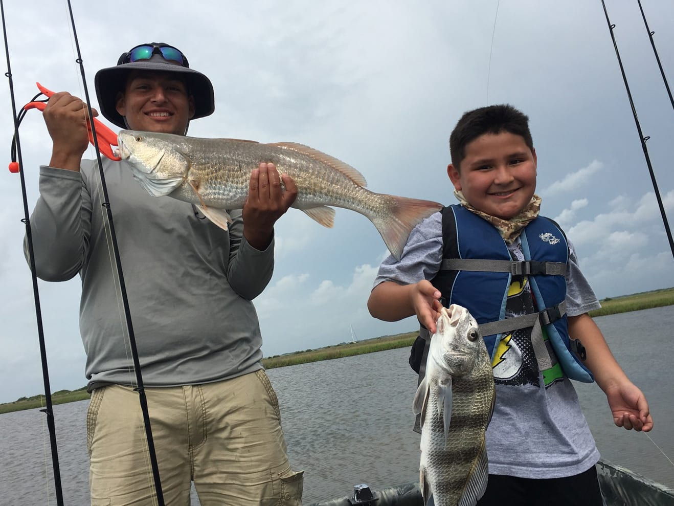 Texas fishing report red and black drum in the back lakes for Hunting and fishing forecast